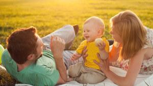 Header - Family On Blanket